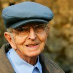 Stresové životní situace zvyšují riziko pádu starších mužů