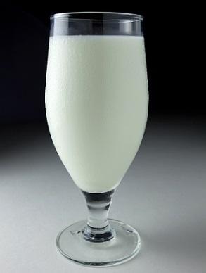 Pijete mléko? Pokud ano, budete mít vyšší děti