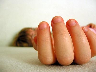 Bílé skvrny na nehtech - tělo nám dává signály