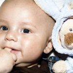 Správná váha a výška dítěte, kojence