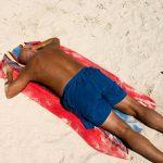 Mallorca akné neboli sluneční alergie – jak tomuto akné předejít a jak se bránit?