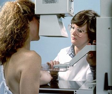 Mamografie - jednoduché rentgenové vyšetření prsů