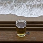 Netradiční koupele v pivě, víně a šampaňském – jsou zdravé?