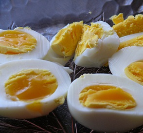 Vejce jsou velmi dobrým zdrojem bílkovin...
