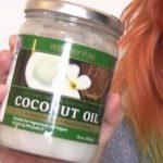 Kokosový olej – super na suchou pleť i na akné