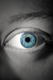 Jak správně vybrat kontaktní čočky?