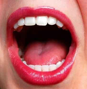 Čaje a bylinky na popraskaný a bolestivý jazyk
