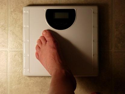 Nadměrný obvod pasu: Kolik centimetrů je už sakra problém?