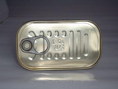 Jsou konzervy sardinek v oleji zdravější, než ty ve vodě?
