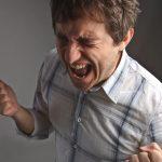 Cluster headache neboli clusterové (klastrové) bolesti hlavy – bolest hlavy, která miluje muže
