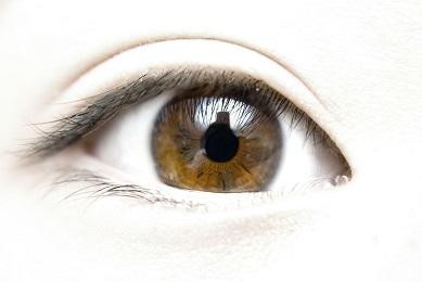 Sportování s brýlemi? Zkuste raději kontaktní čočky!