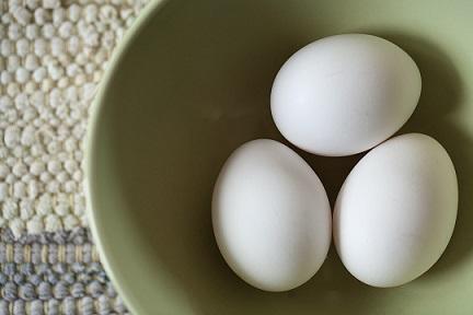 Jaké vitaminy dostanete z jednoho vajíčka?