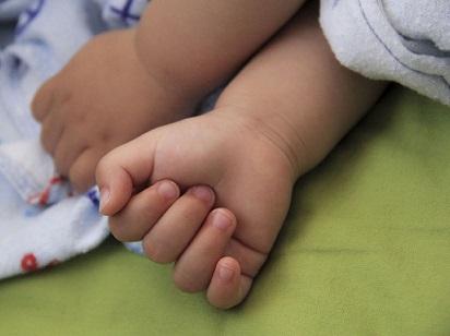 Jak vybrat vhodné oblečení pro novorozeně?