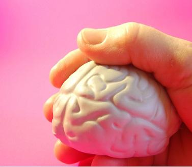 Mozková mrtvice nebo i slabá mrtvička - jaké jsou příznaky?