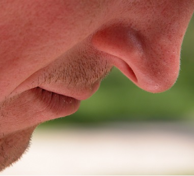 Zvlhčujte nosní slizinici