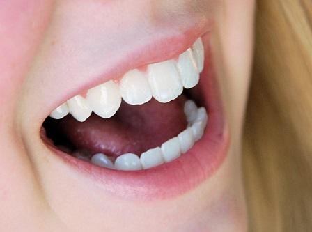 Jak na zápach z úst?