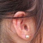 Jak si správně čistit uši?