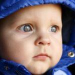 Jak dětem správně čistit uši?