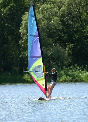 Vodní sporty jsou na hubnutí ideální. Který vyzkoušíte vy?