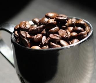 Káva je zdraví prospěšná... když to s ní nepřeháníte...