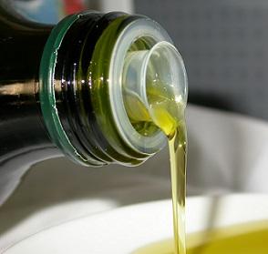 Olivový olej bojuje proti stárnutí...