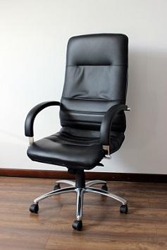 Víte, jak správně sedět?