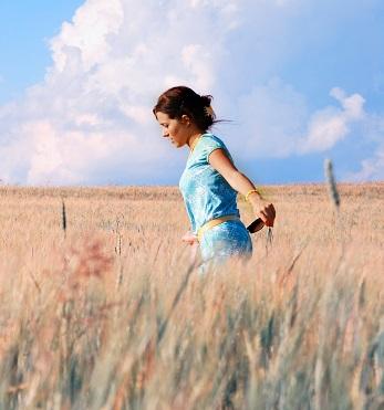 Chůze je stejně zdravá jako běh, ale k dosažení stejného efektu musí být o něco delší.