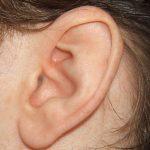Aurikuloterapie – ušní akupunktura – moderní přístup v léčbě bolesti