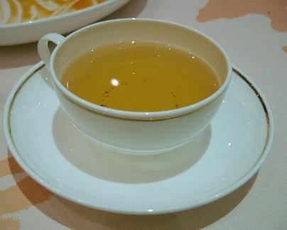 Mátový čaj je super na žaludeční problémy, trávení