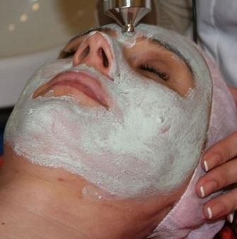 Přírodní masky pro zralou pleť - jakou masku si udělat?