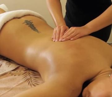 Švédská masáž pomáhá udržovat kvalitní tělesnou a duševní kondici