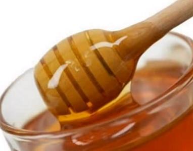 Manuka med je výborný na popáleniny, odřeniny, vyrážky, afty a štípnutí hmyzem...