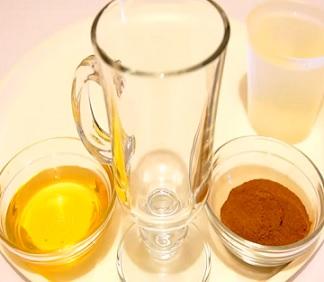 Med a skořice na akné a krásnou pokožku