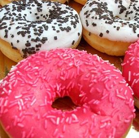Velmi sladké pečivo obsahuje velké množství nasycených tuků...