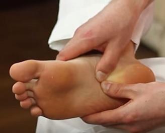 Jak si poradit s bolavými chodidly?