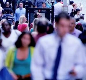 Sociální fobie – když se mezilidský kontakt stane noční můrou