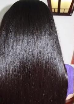 Jak dosáhnout toho, aby vaše vlasy byly lesklé?