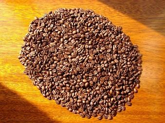 Když kávu pomelete, můžete z ní udělat i kosmetické přípravky.