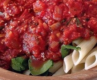 Chia rajčatová omáčka na těstoviny