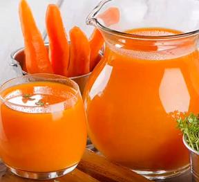 Zkuste na překyselený žaludek mrkvovou šťávu nebo některý z našich dalších tipů.
