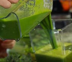 Podívejte se, jak správně užívat zelený ječmen. Není to raketová věda.