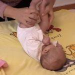 Handling dětí v terapii a fyzioterapii – co je to a na co je to dobré?