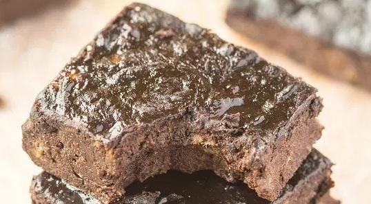 Takto může vypadat brownie jen ze 3 zdravých ingrediencí.