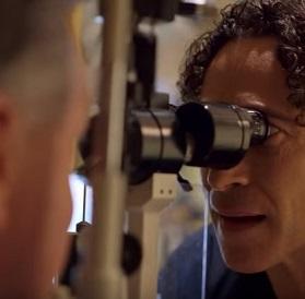 Váš oční lékař může diagnostikovat presbyopii při kontrole vašich očí.
