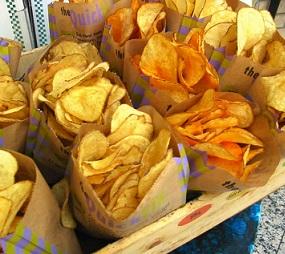 Bramborové chipsy si dejte jen výjimečně. Nejsou totiž vůbec zdravé.