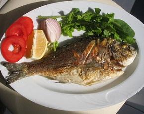 Ryby jsou dobrým zdrojem bílkovin.