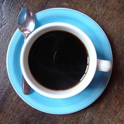 Co se stane, když budete pít hodně kafe nebo nápojů s kofeinem?
