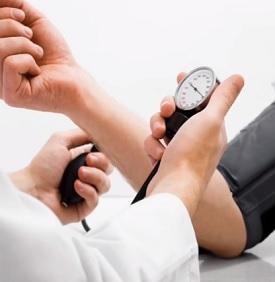 I vysoký krevní tlak může být příznakem nedostatku hořčíku v těle. Jaké jsou další možné příznaky? Přečtěte si náš článek.