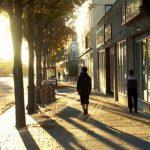 Jak se ve městě chránit před sluncem? Třeba takto