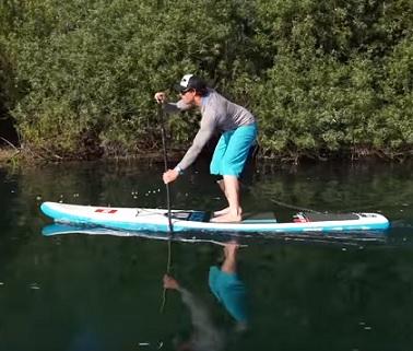 Paddle boarding vás chytne a už nepustí. Budete ho milovat.